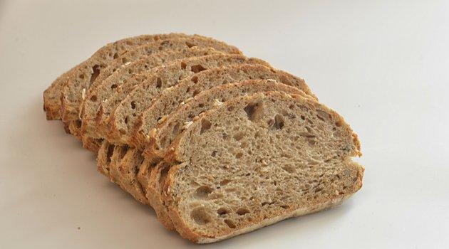 Ψωμί χαράς με χαρούπι